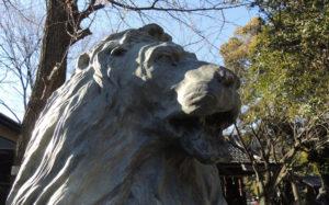 東京都墨田区向島:三囲神社 池袋三越のライオン