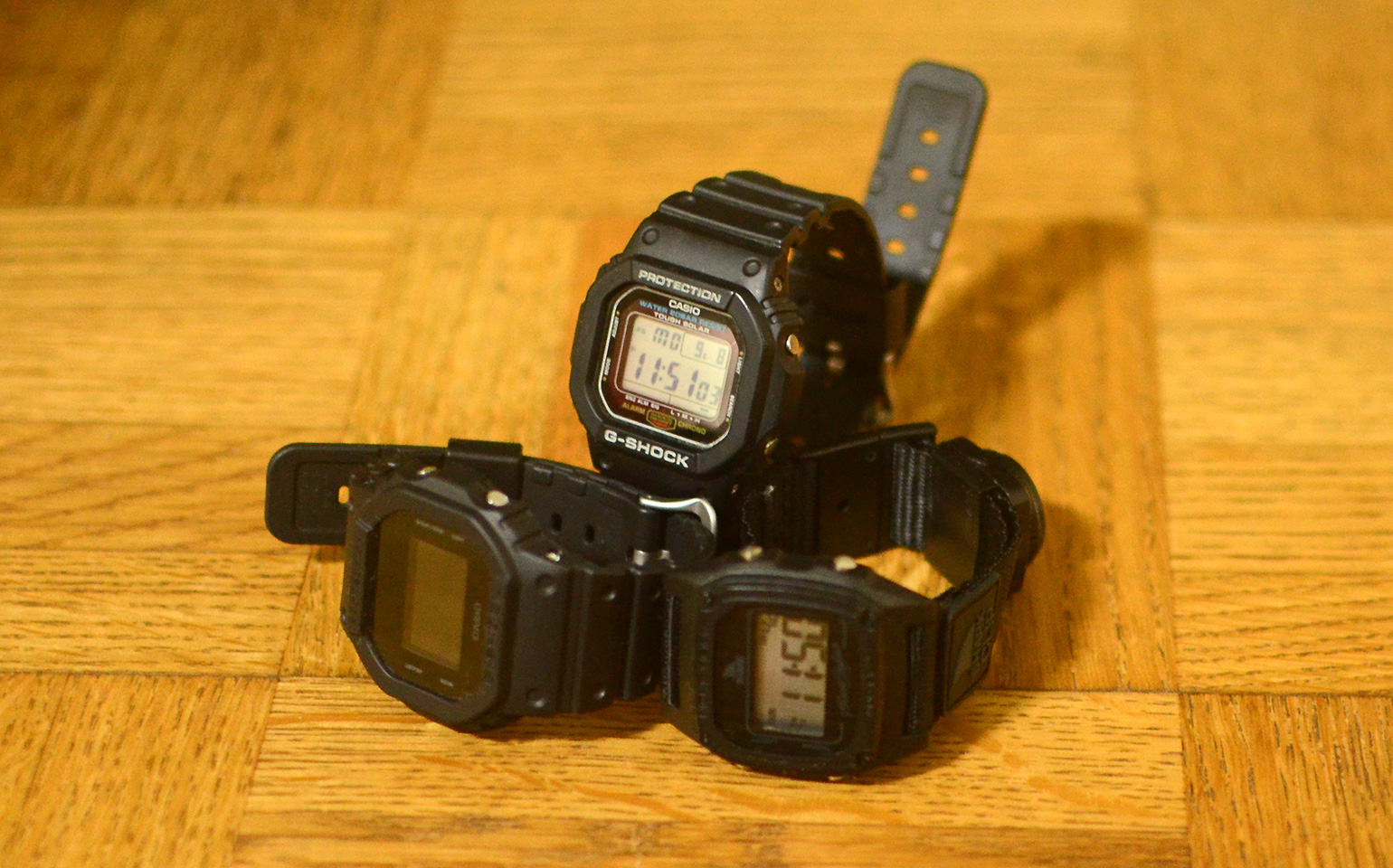 G-SHOCK G-5600E-1JF, DW-5600BB-1JF, Freestyle SHARK CLIP FS84978